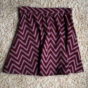 Alya size medium skirt. Zipper side